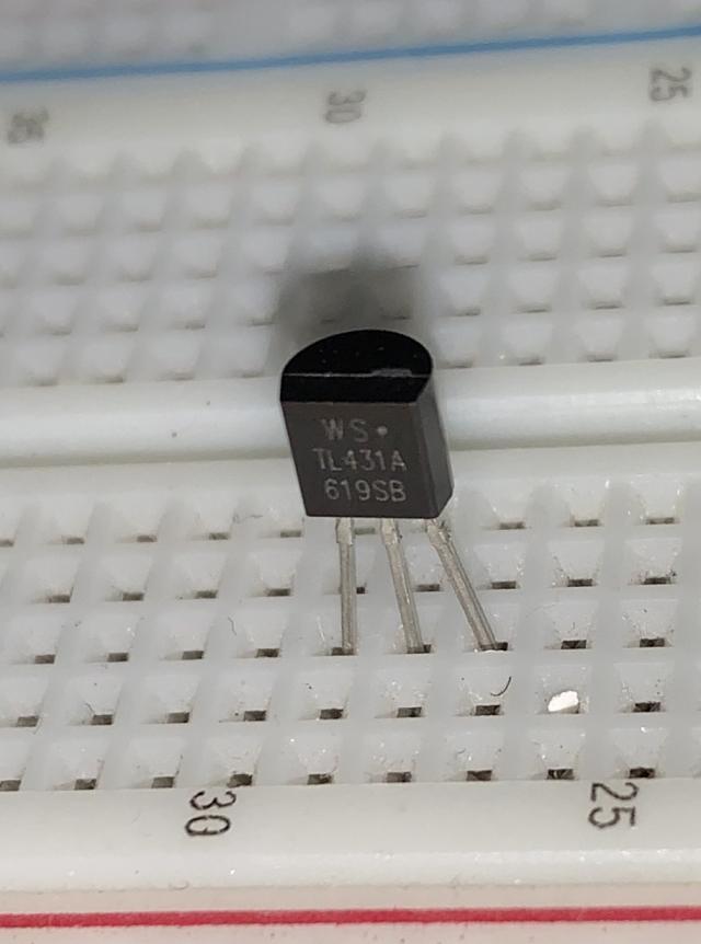 Régulateur de tension TL431
